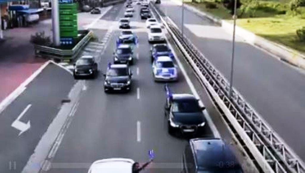 """Protesta e opozitës, rrethet """"mësyjnë"""" Tiranën"""