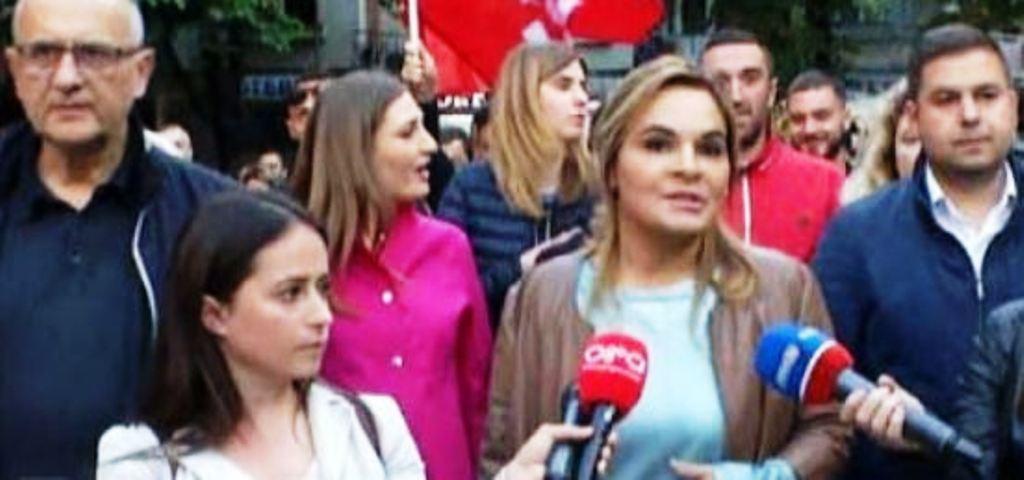 Kryemadhi - Ramës: Po të duan, shqiptarët ta pushtojnë zyrën për një sekondë