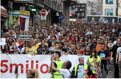 Serbia hidhet sërish ne protesta masive