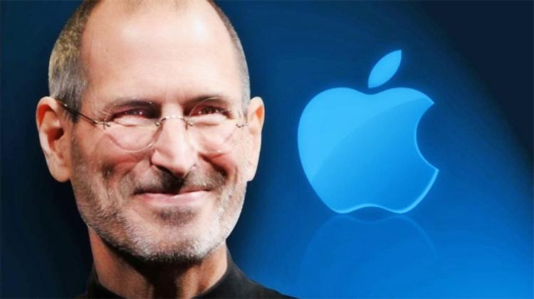 """""""Ja kush është pasuria e vërtetë"""", fjalët e fundit të Steve Jobs që përlotën botën"""