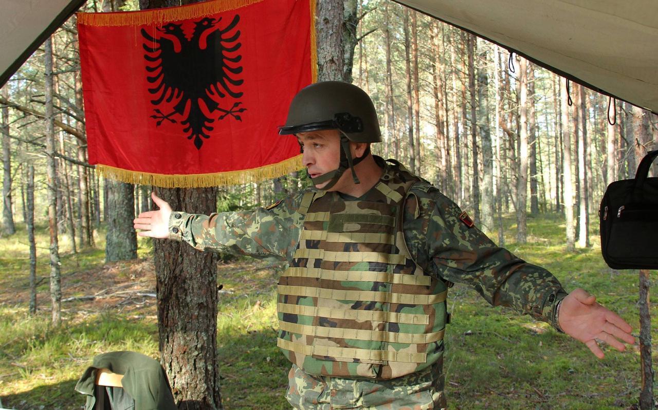 Shuhet edhe Major Klodian Tanushi, ushtaraku tjetër shqiptar që u plagos në misionin e NATO-s në Letoni