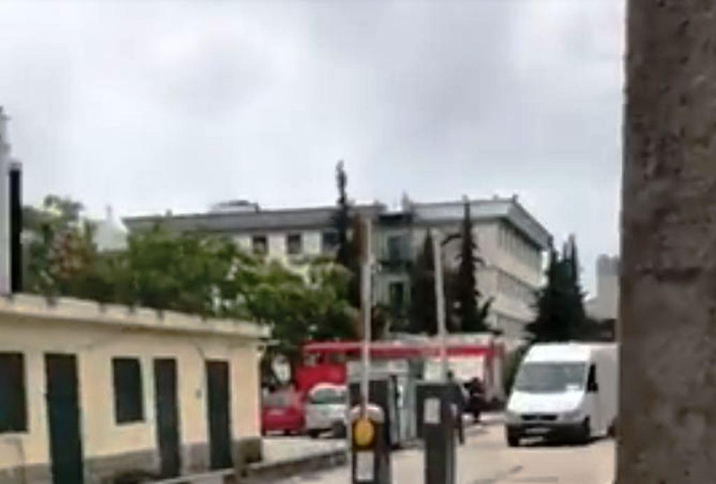 Merr flakë dhoma e oksigjenit në spitalin e Durrësit, personeli dhe pacientët në panik