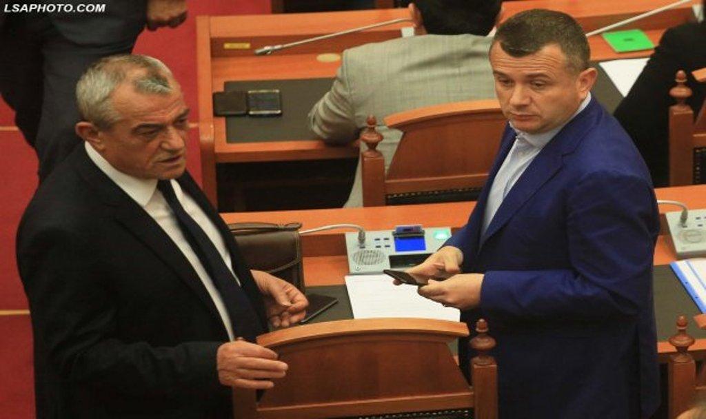 Nis kundërsulmi nga PS, Balla i kërkon Ruçit debat në Kuvend: Meta në kundërshtim me parimet kushtetuese