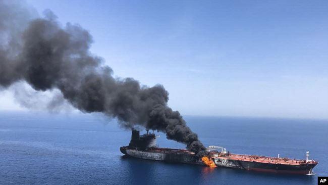 Sulmi ndaj anijeve cisternë SHBA bën përgjegjës Iranin