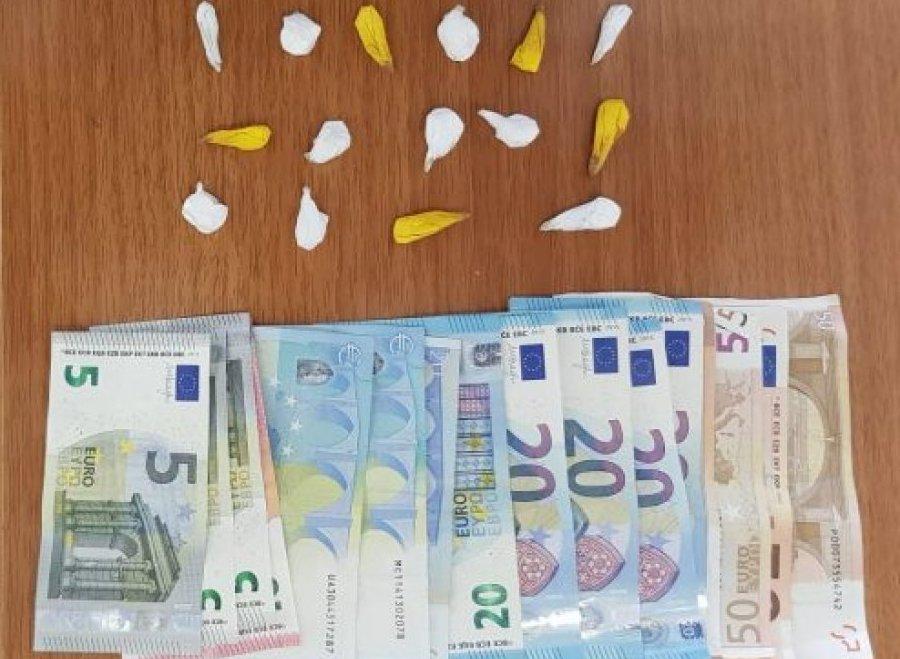 U shiste kokainë turistëve në Dhërmi, arrestohet 37-vjeçari nga Tirana