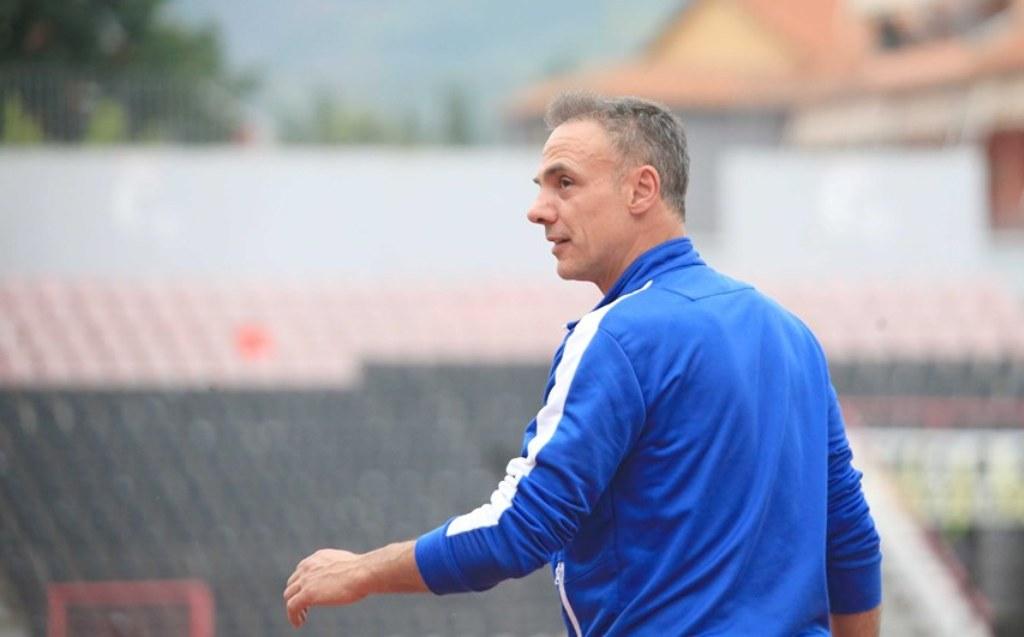 Pas Partizanit, edhe Tirana pa trajner?  FSHF bën publike klubet që nuk plotësojnë kriteret