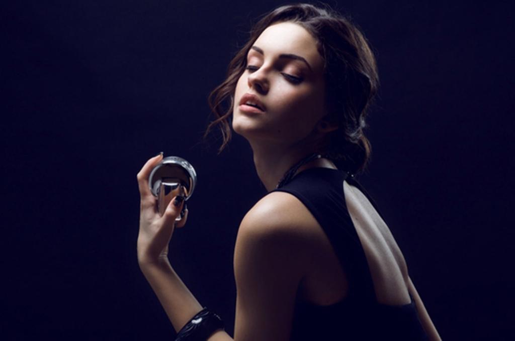 A dini të përdorni parfumin?!