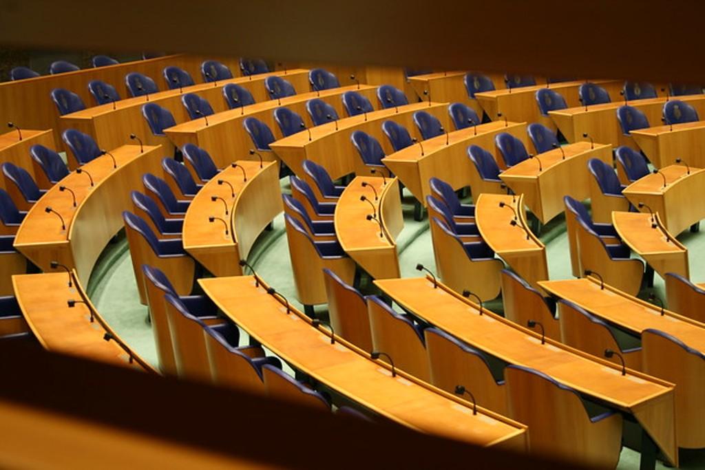 Vota kundër e Parlamentit holandez për Shqipërinë. Frikë në Tiranë, Shkup, por edhe në Bruksel
