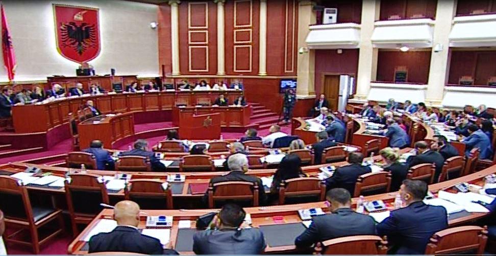 Shtyhet votimi i pr/ligjit që dënon me 10 vjet burg dhunuesit e zgjedhjeve