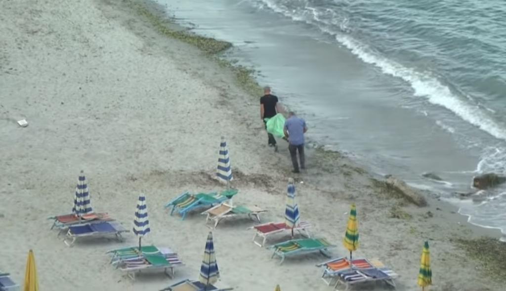 Durrës/ Pas shumë orë kërkimesh, 31-vjeçari gjendet i mbytur në det (Foto-pamje të rënda)