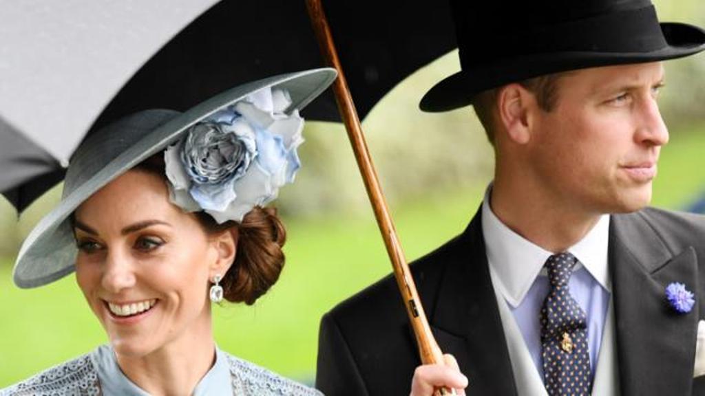 """Biseda private me Mbretëreshën Elizabeth, Princi  """"i pasigurt"""" nëse e donte Kate Middleton"""