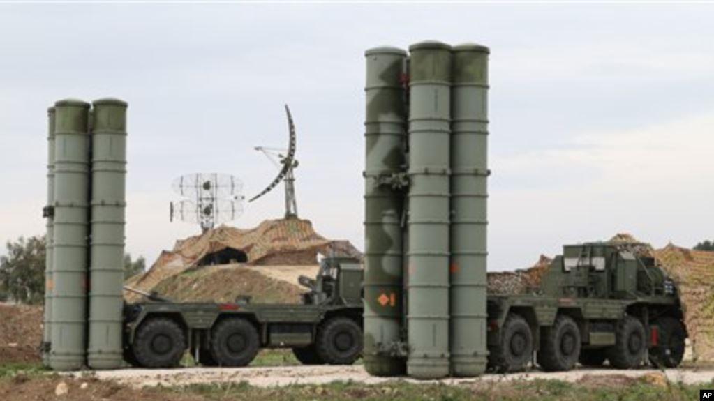 SHBA-Turqi, vijojnë mosmarrëveshjet për raketat ruse S-400