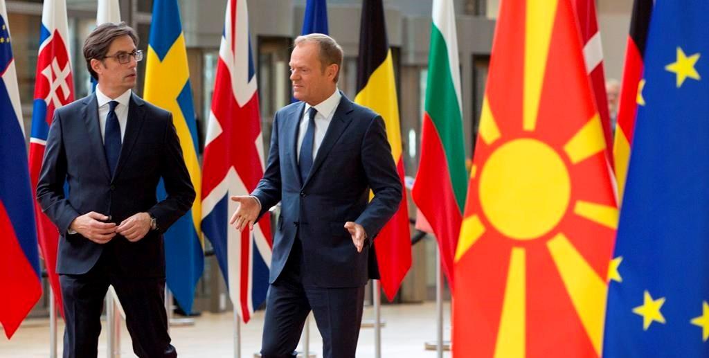 """Tusk i sinqertë para samitit të BE-së, Shqipëria dhe Maqedonia e Veriut """"ngelin"""" për në vjeshtë"""