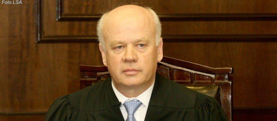Shkarkohet nga detyra kryetari i Gjykatës së Lartë, Xhezair Zaganjori, ish kandidat për President i Berishës