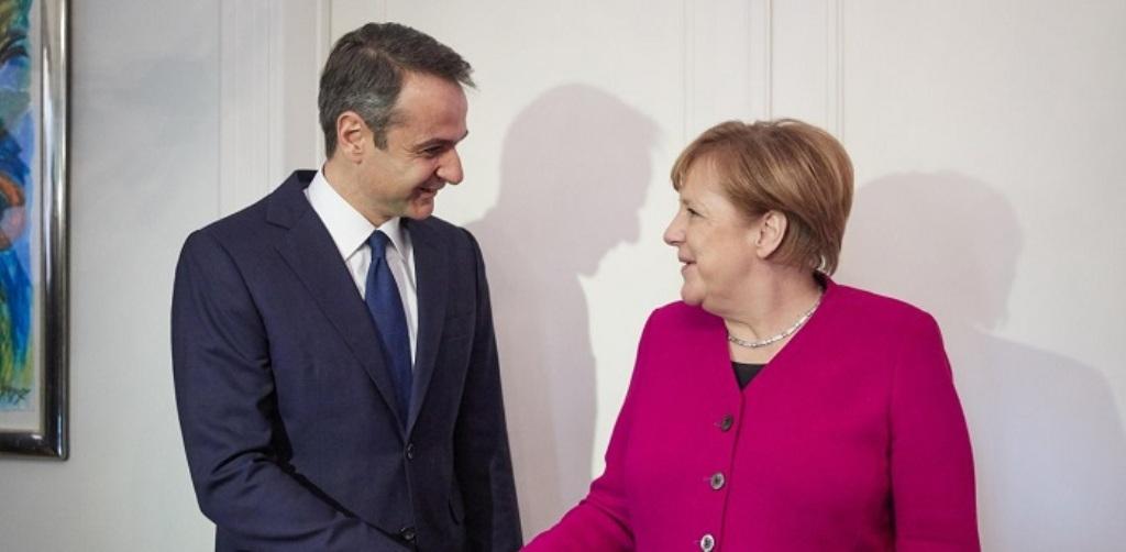 Mitsotakis cakton detyra të rrepta për ministrat. Merkel e telefonon dhe e pret së shpejti në Berlin