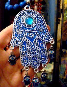 """""""Dora e Fatimas"""", mesazhi që fshihet pas këtij simboli kaq të përdorur"""