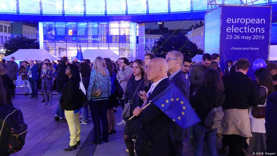 """Parlamenti i ri Europian bëhet më femëror prej skandinavëve, burra """"me shumicë"""" nga Ballkani"""