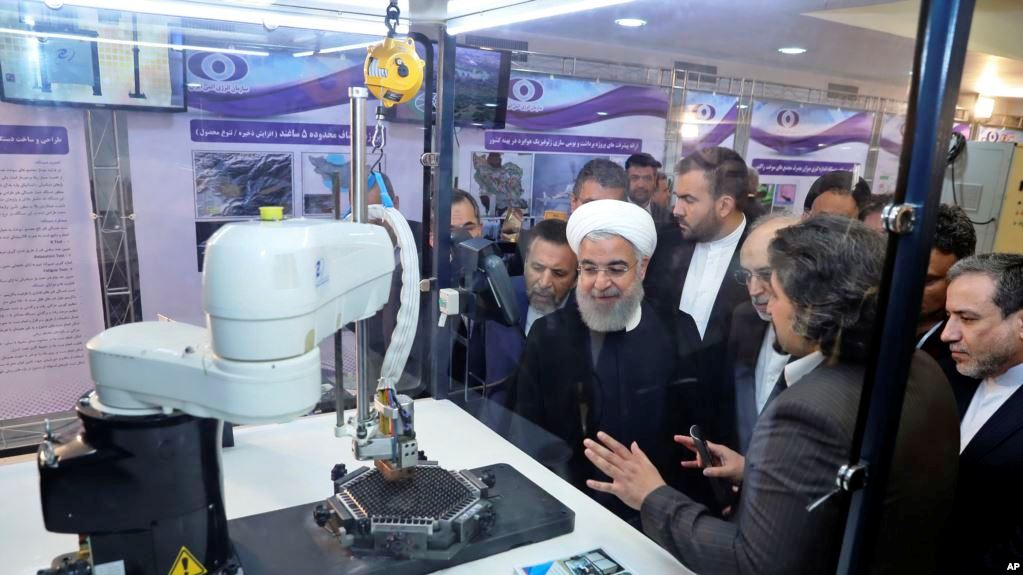 Irani tejkalon rezervat e planifikuara të uranimut të pasuruar