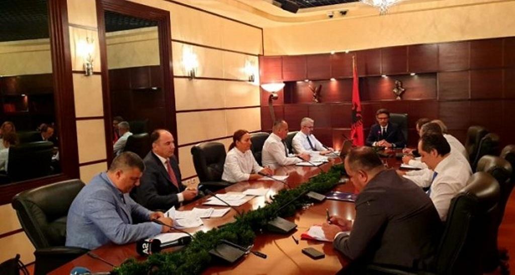 KLP prezanton listën me 15 kandidatët për SPAK