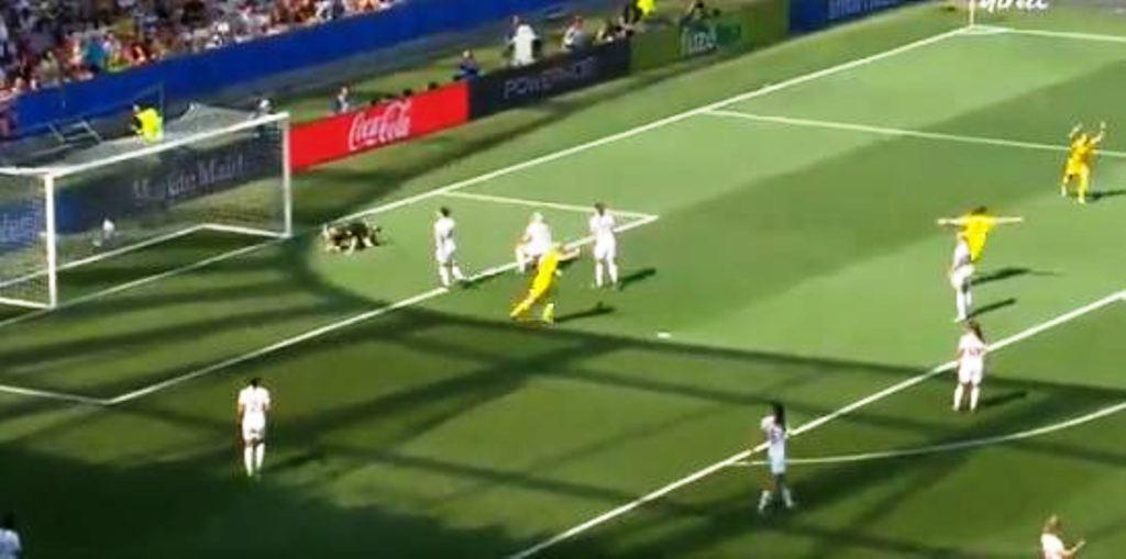 """Futbolli i femrave/ Suedia fiton medaljen e bronztë edhe falë """"këmbës"""" së Kosovare Asllanit"""