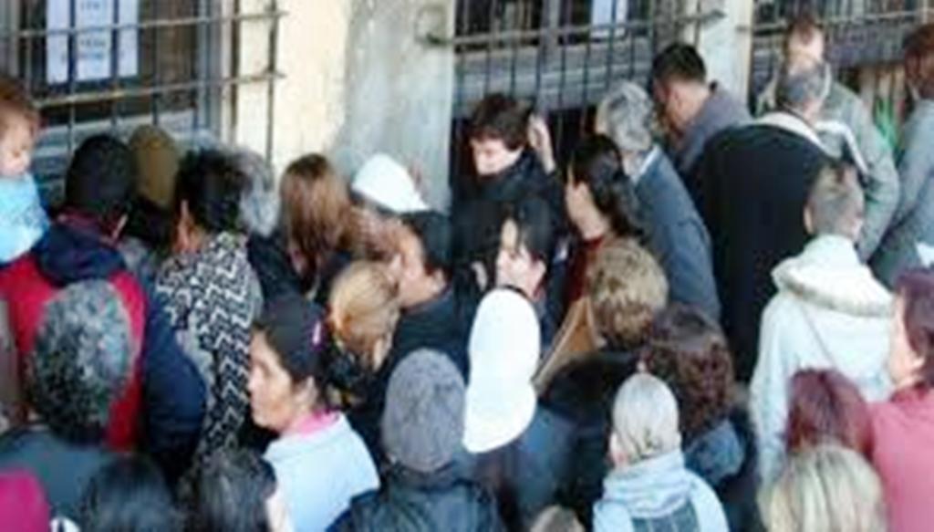 Ndihma ekonomike, vendimmarrja u hiqet këshillave bashkiakë, i jepet Shërbimit Social Shtetëror