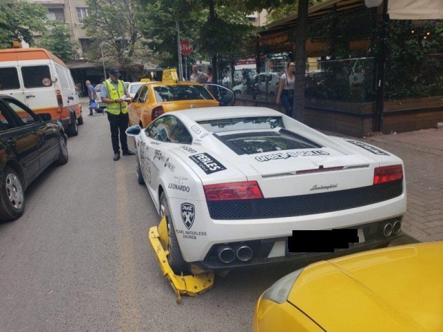 Parkoi gabim, policia bllokon makinën e luksit tek ish-Bllokut