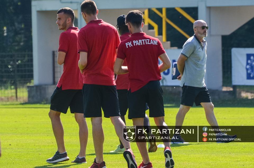 Pjesëmarrja në Champions, Partizani zyrtarizon listën me 23 lojtarë