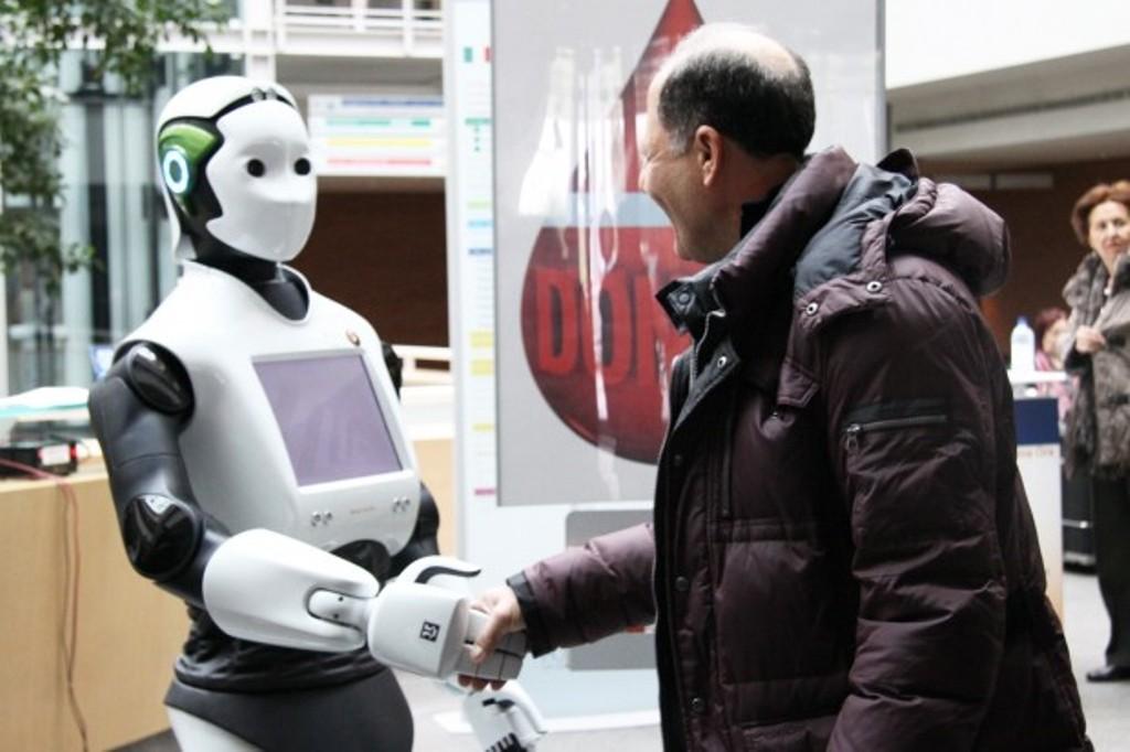 Revolucioni i katërt industrial po troket me miqësi të reja për njeriun!
