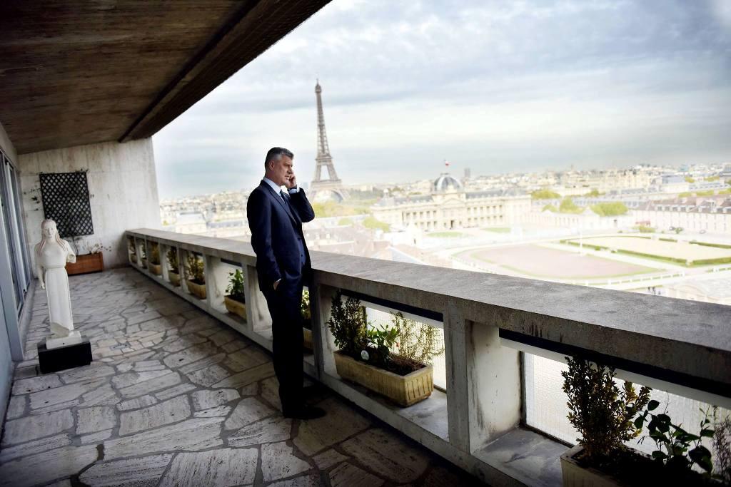 """Dy komedianët rusë tentuan kurth edhe për Thaçin, Zaev e telefonon dhe i kërkon falje (pasi ra """"viktimë"""" e tyre)"""