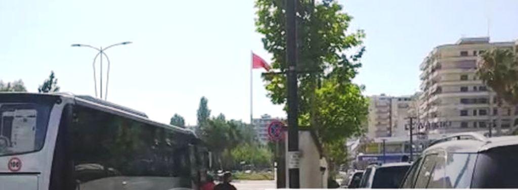 Demonstrimi i opozitës kundër qeverisë, protestuesit e parë nisen nga Vlora
