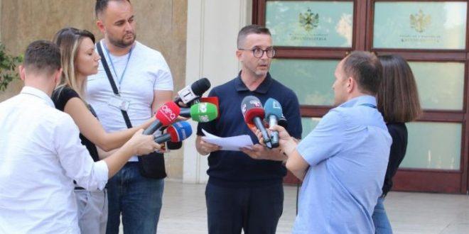 Zv.kryeministri Braçe: Kompanitë e mëdha po bëjnë evazion fiskal në mënyrë kriminale
