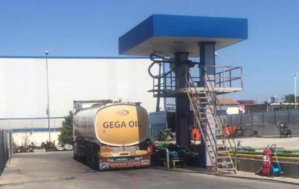 Gega Oil përgënjeshtron shtetin: Nuk na janë mbyllur pikat e shitjes