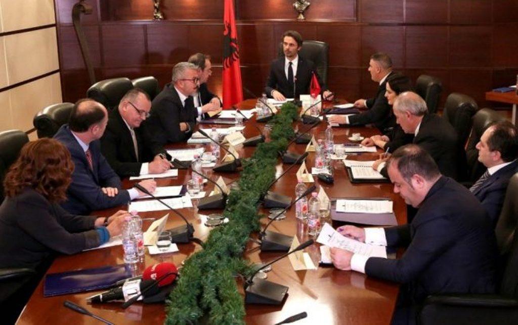 Prokurori i Durrësit u sulmua publikisht, KLP del kundër deklaratave të Ramës