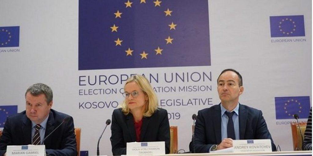 Vëzhguesit e BE-së: Zgjedhjet në Kosovë demokratike, me probleme zonat ku jetojnë serbët