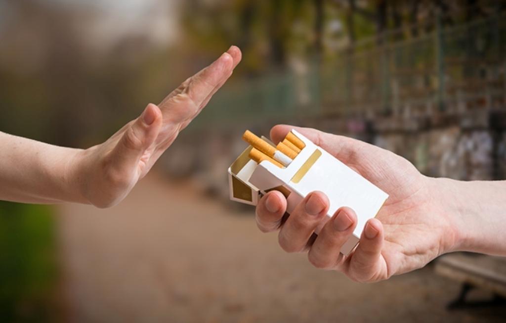 Propozimi i ish-ministrit të Shëndetësisë: Të rritet taksimi i cigareve!