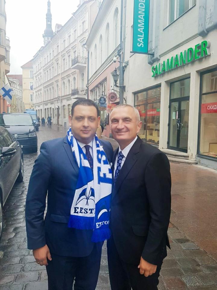 Meta takon tifozin e Tiranës në Talin, zbulon të përbashkëtën që ka ekipi me kryeqytetin estonez