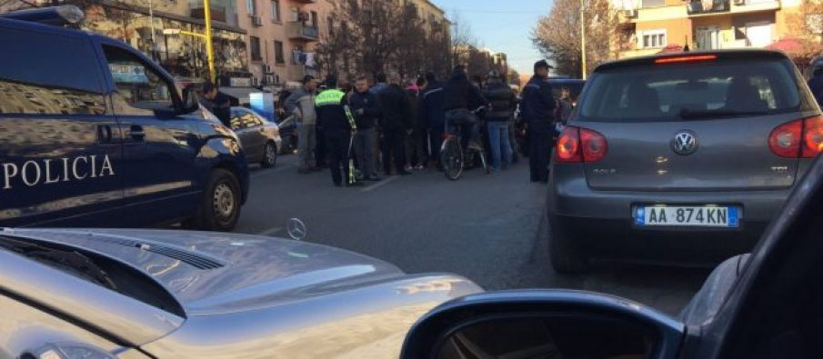 Shkodër/ Makina përplas fëmijën 10 vjeç, ndalohet shoferi
