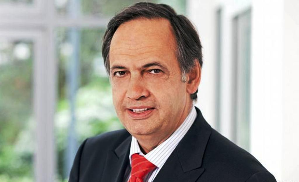 Fleckenstein stresses the importance of the functioning of two of the most important courts